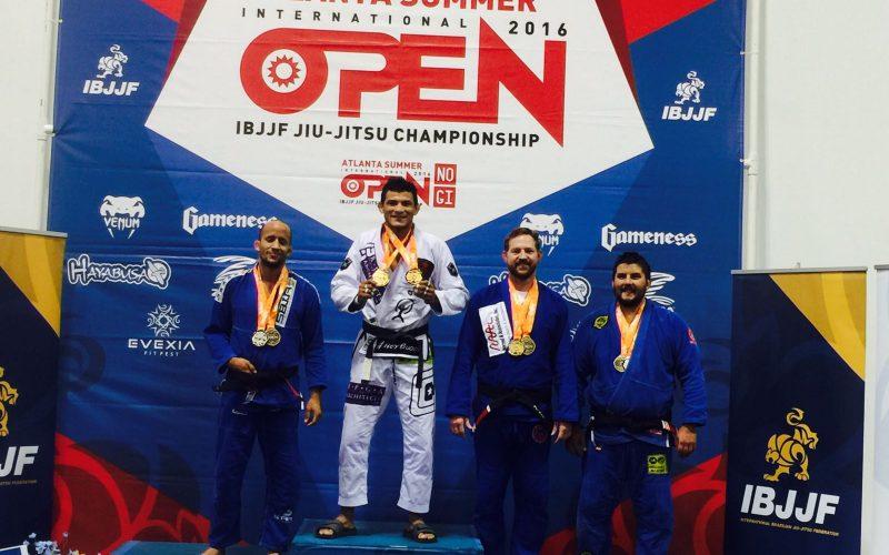 Alex Martins fatura três medalhas de ouro no Atlanta Summer