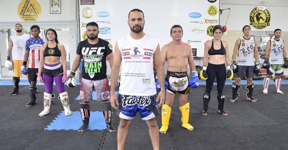 """Considerado um dos maiores treinadores de muay thai no Amazonas, """"Dindô"""" atrai cada vez mais adeptos para  X Fight"""
