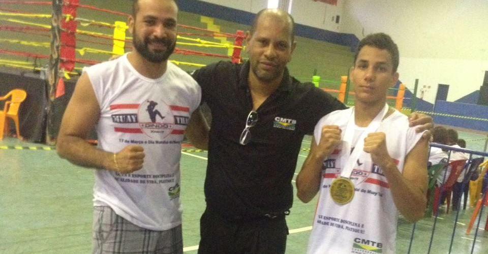 Atleta juvenil vence Brasileiro de Muay Thai