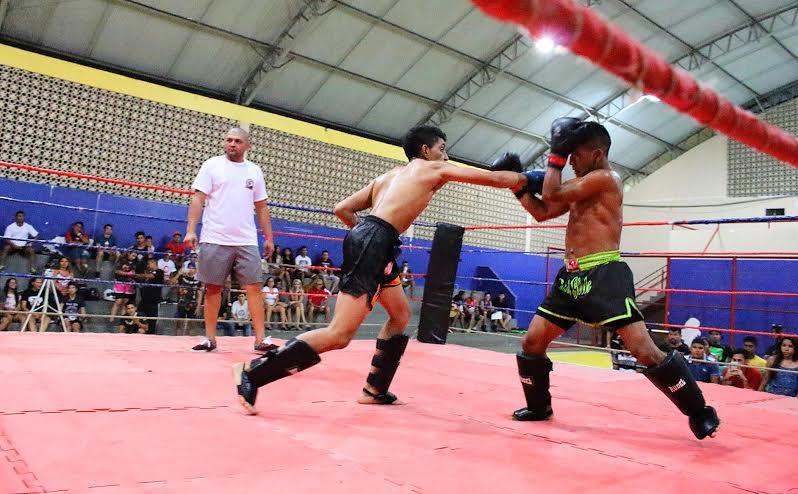 Amazon K-1 Kombat 3 mostra a força da luta em pé no bairro da Compensa 2, em Manaus