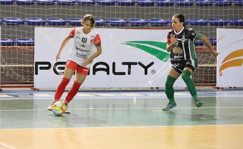 Gigantes do futsal feminino fazem semifinais da Taça Brasil 2016, em Lages (SC)