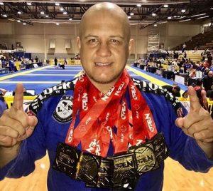 Após brilhar em competições internacionais, Luis Neto realiza temporada de seminários