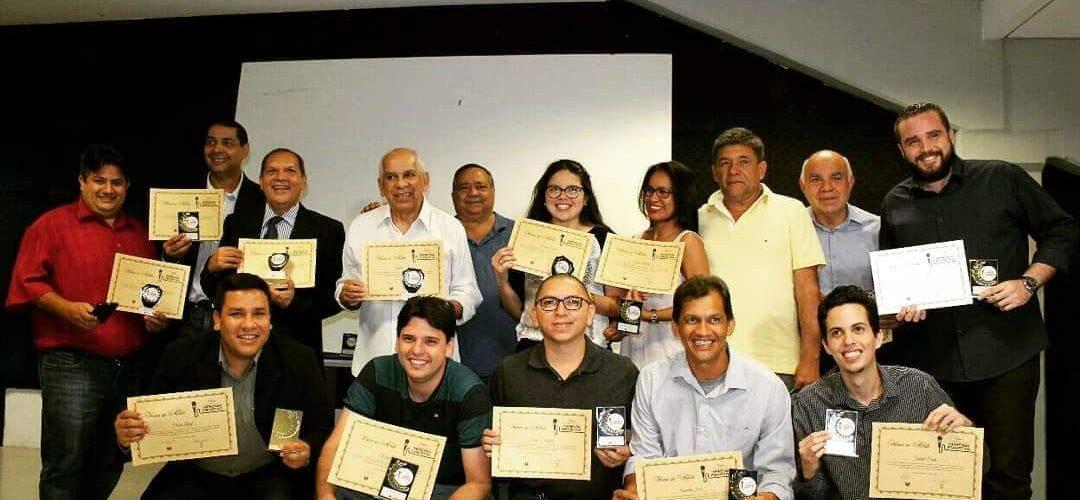 Noite de homenagens: Aclea e No Podio comemoram o Dia do Profissional da Imprensa Esportiva premiando comunicadores