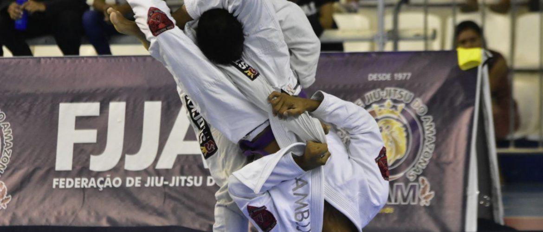 """31ª edição do Campeonato Amazonense de Jiu-jítsu """"Gi e No-gi"""" reúne aproximadamente 20 mil pessoas na Arena Amadeu Teixeira"""
