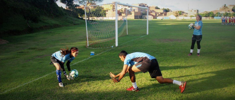 Iranduba desembarca em Salvador, realiza treino no Centro de Treinamento do Bahia e anuncia busca por reforços