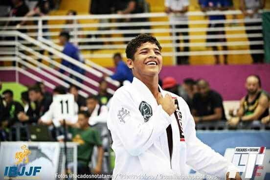 Equipe White House, de Manaus, fatura 15 medalhas no Brasileiro da CBJJ