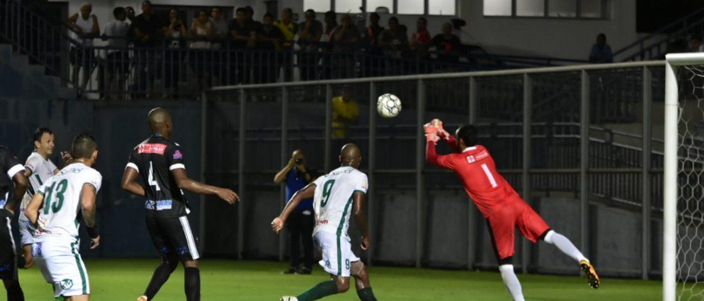 Manaus vence Santos do Amapá por 1 a 0 e garante vaga nas oitavas de final do Brasileirão da Série D