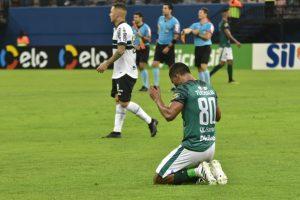 Com público de 17 mil pessoas na Arena da Amazônia, Manaus FC vence Coritiba e passa à segunda fase da Copa do Brasil